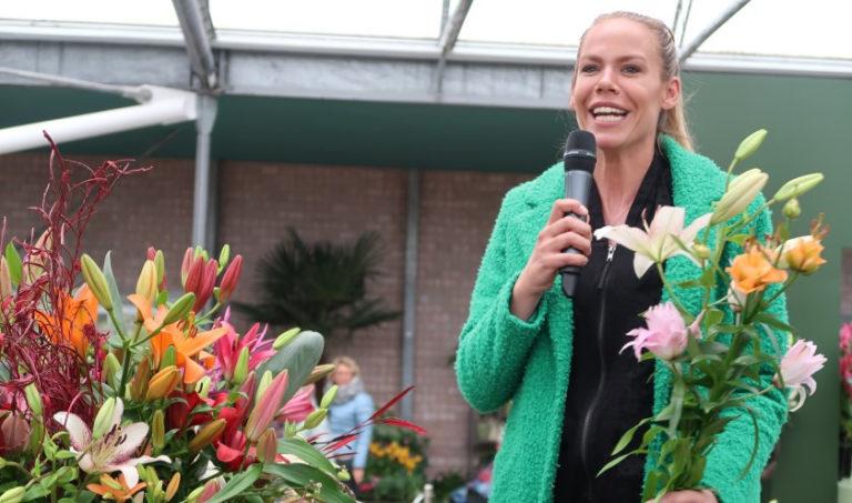 Nicolette Kluijver opent lelieshow Keukenhof
